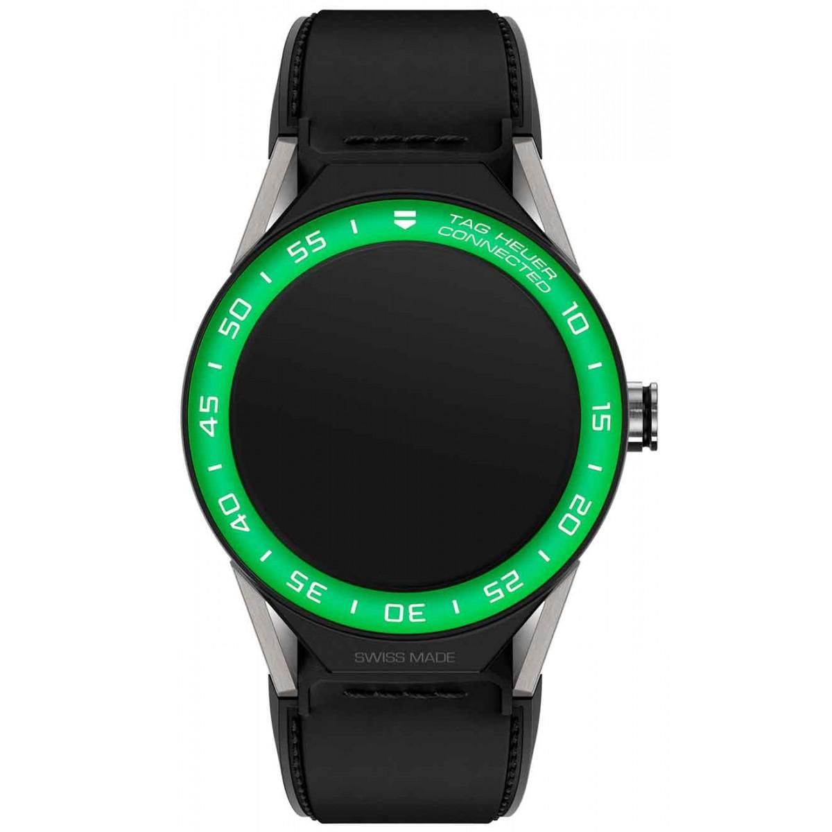 TAG HEUER CONNECTED MODULAR 45 50 M - ∅45 mm Correa de piel de becerro negra con bisel de aluminio verde