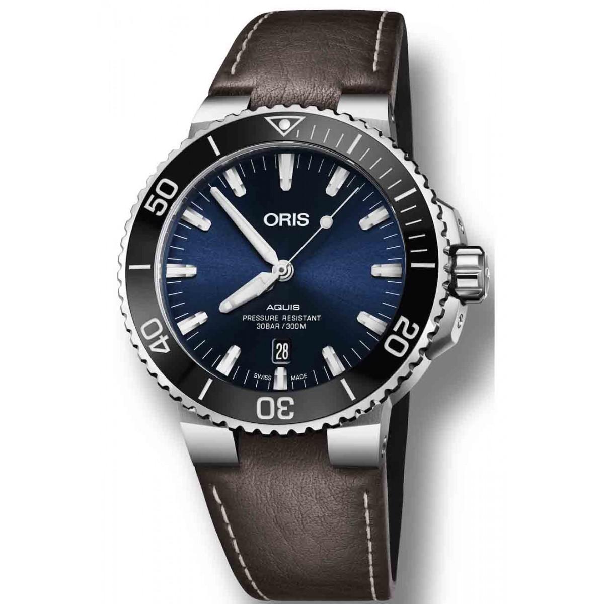 ORIS AQUIS DATE -300 M ∅43,5 mm, Esfera azul, bisel negro, Piel marrón