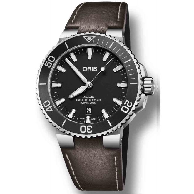 ORIS AQUIS DATE -300 M ∅43,5 mm, Esfera negra, bisel negro, Piel