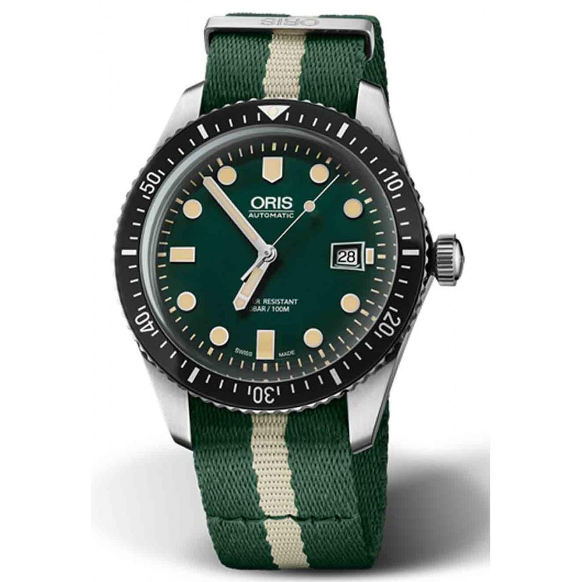 ORIS DIVERS SIXTY-FIVE -100 M ∅42 mm, Esfera verde, correa textil