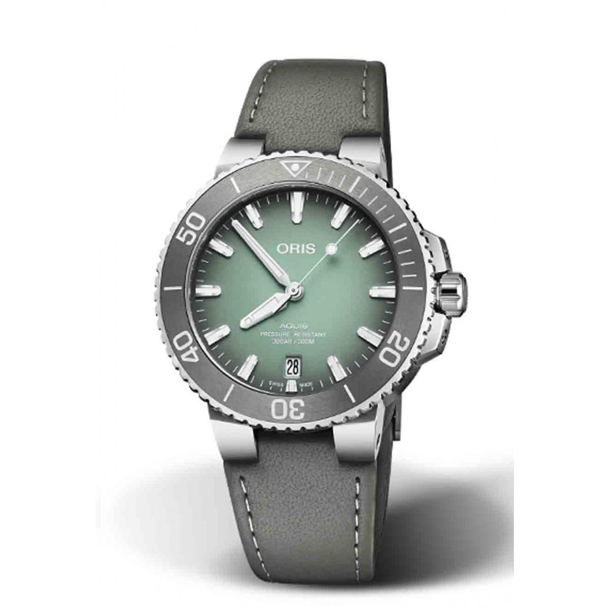 ORIS AQUIS DATE 300 M ∅39,5 mm, Esfera verde, piel gris