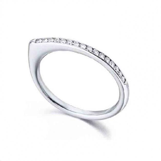Anillo oro blanco y Diamantes - media alianza - 0,14 quilates