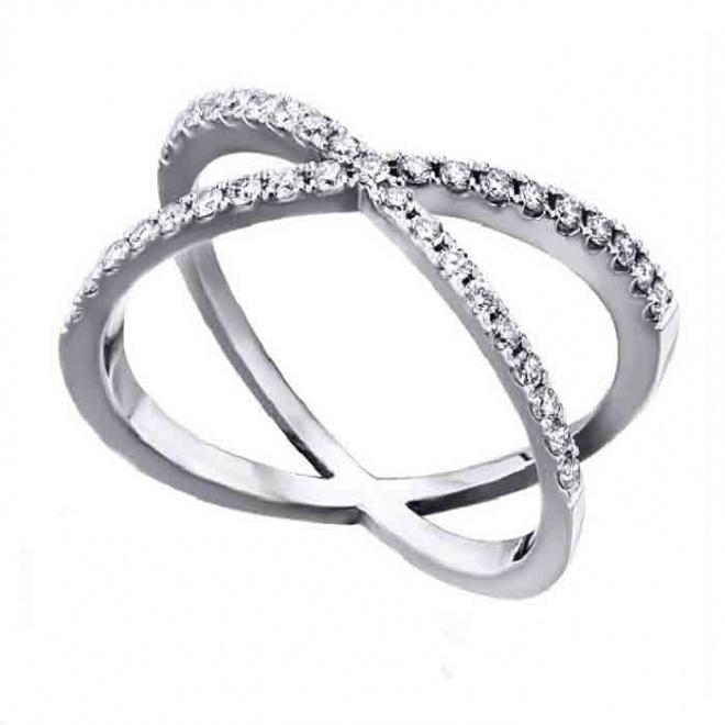 Anillo oro blanco y Diamantes - 0,41 quilates